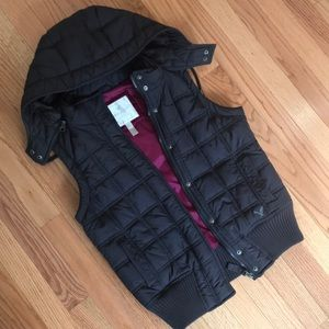 American Eagle Blue Puffer Vest size small!